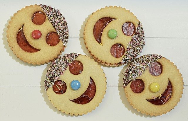 Why Do Humans Crave Sugar - 4 Smiley Face Cookies